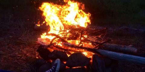 Erstes Lagerfeuer